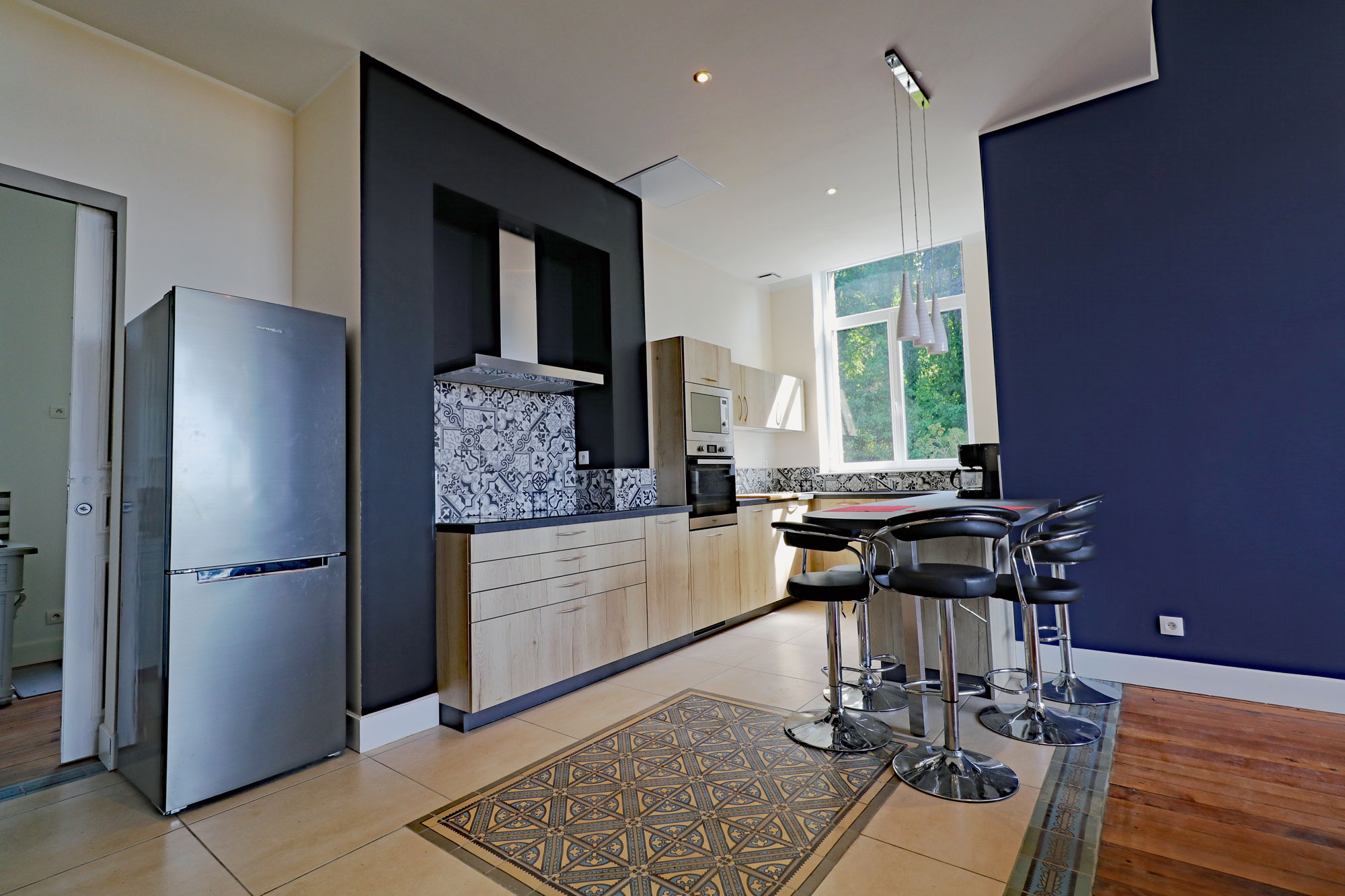 le-manoir-de-houlle-eperlecques-cuisine-table